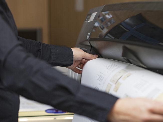 Gut zum Druck: Sorgfältige Überprüfung, bevor gedruckt wird.